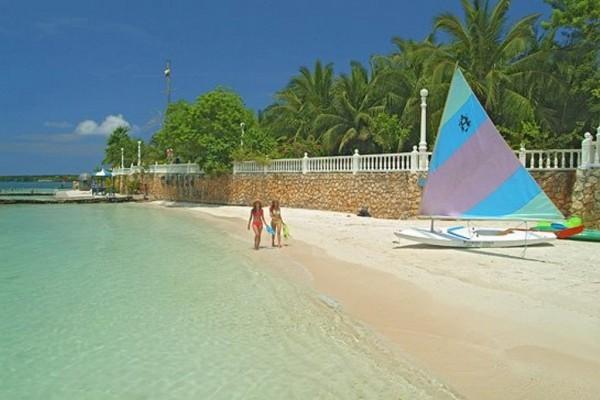 Playas de Cocoliso Resort Fuente Cocoliso Isla Resort Facebook
